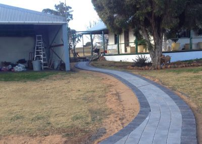 Tumbled Cobblestone Path and Patio