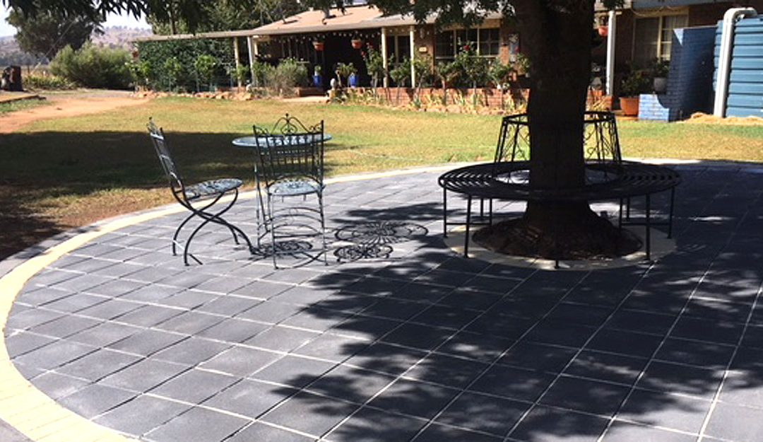 Flagstone Paver Backyard DIY Patio