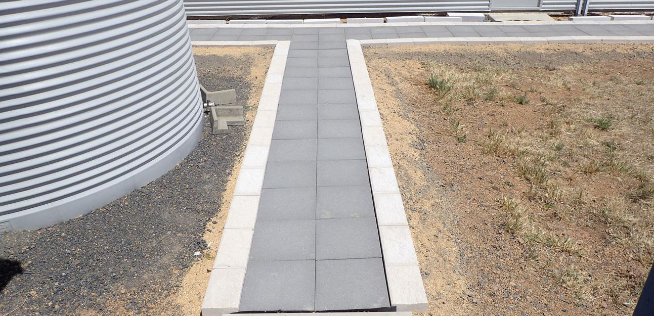 cowra concrete products plazzastone pavers and garden edge