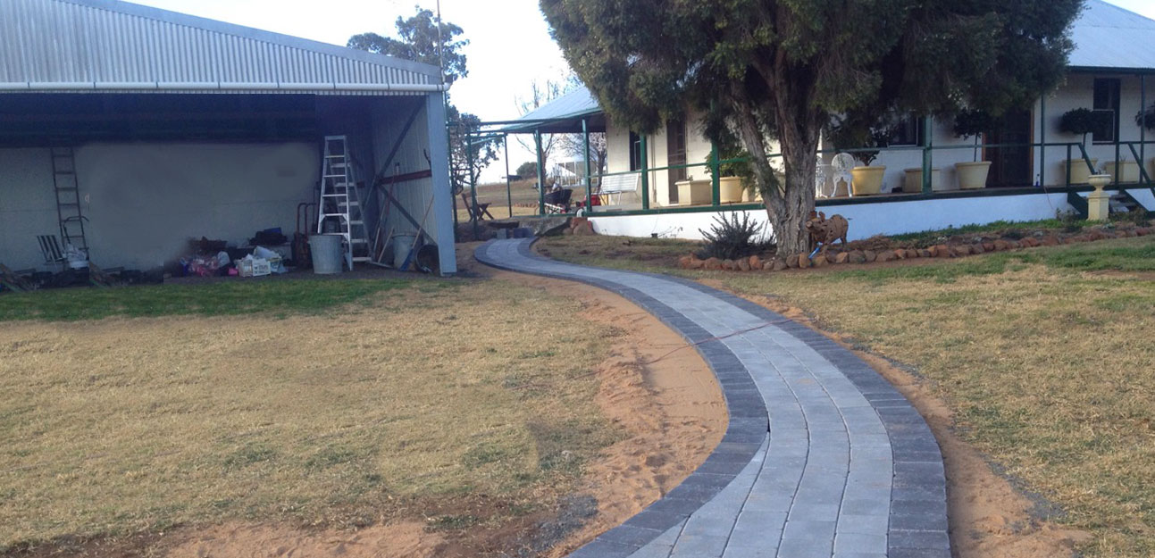tumbled cobblestone curved path cowra concrete products